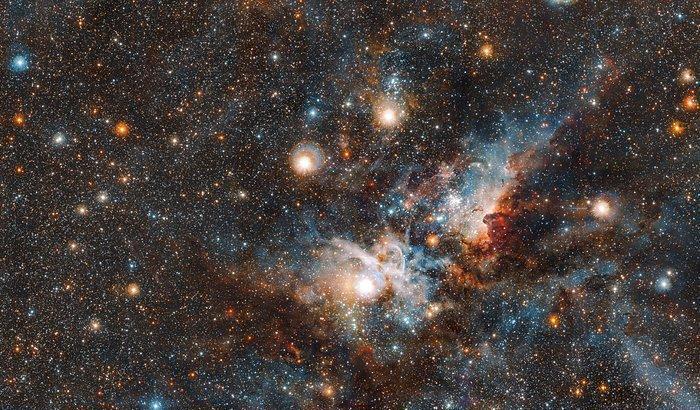 Vista osserva la Nebulosa della Carena