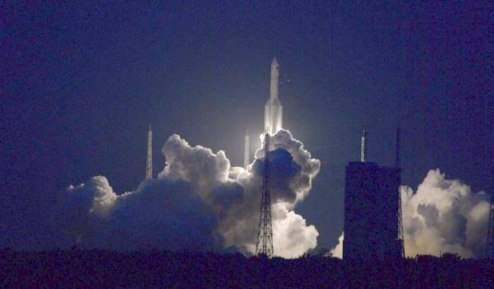 La Cina rallenta la corsa verso la Luna