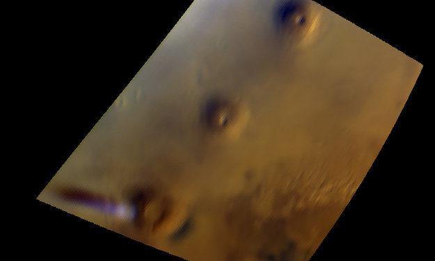 Mars Express osserva un'insolita nube su Marte