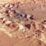 Marte, la natura ambigua di Ismenia Patera