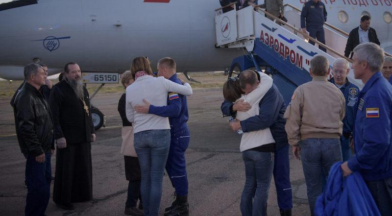 Alexey Ovchinin e Nick Hague rientrano a Baikonour