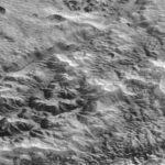 Tracce di antiche glaciazioni sul volto di Plutone