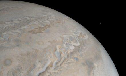 Juno cattura il satellite Io