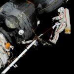 Passeggiata spaziale col buco