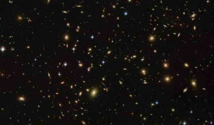 'Lucciole' spaziali per Hubble