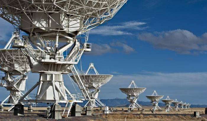Campo magnetico cosmico svelato grazie a VLA