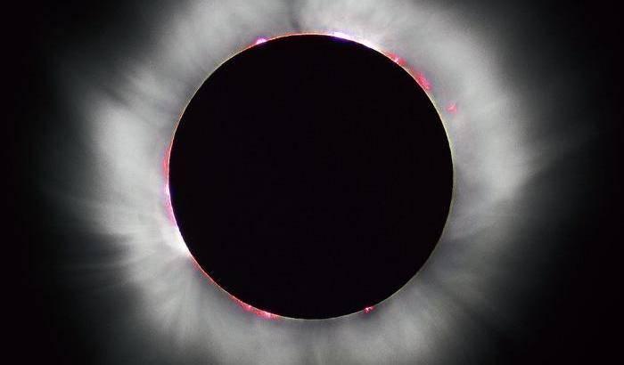 Come si riscalda la corona del Sole