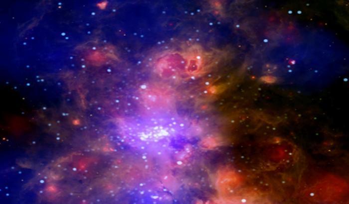 Culla di stelle, il nuovo scatto di Chandra