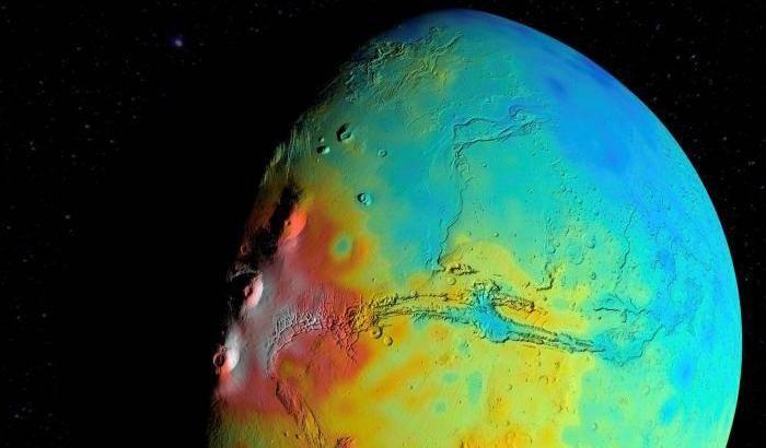 Il 'volto' poroso di Marte