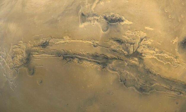 Marte, ghiaccio 'scultore'