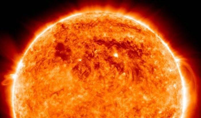 Occhi puntati sulla corona solare