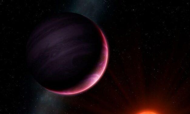 Scoperto il pianeta 'mostro' che non dovrebbe esistere