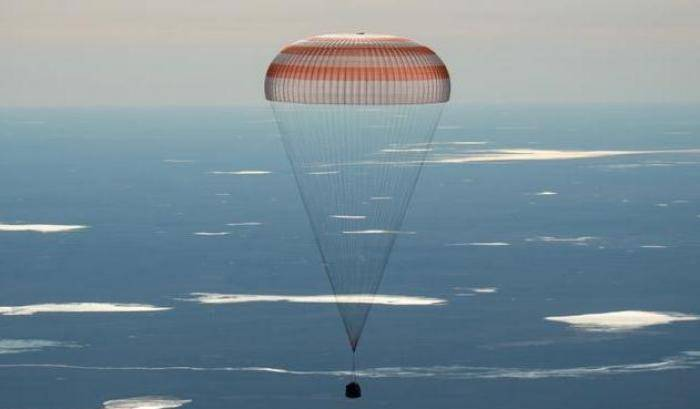 Soyuz, emergenza evitata durante un volo con equipaggio