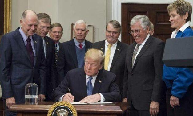Trump: gli Usa torneranno sulla Luna