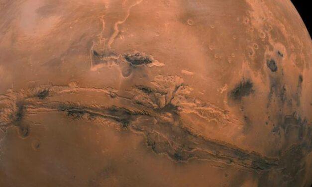Un asteroide nel passato di Marte