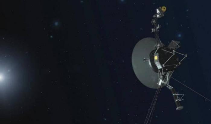 Voyager 1, riattivati i motori dopo 37 anni