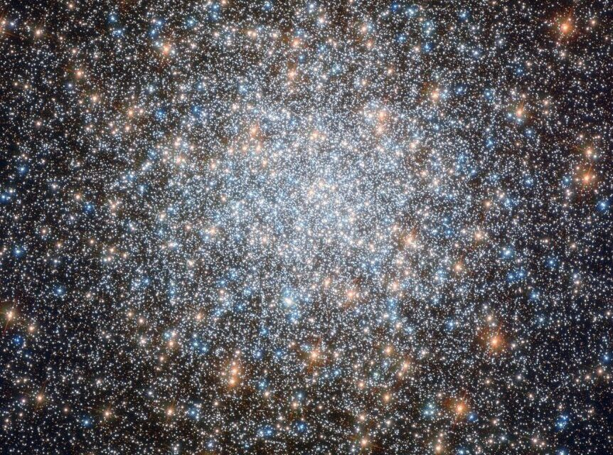Un cluster 'variegato' per Hubble