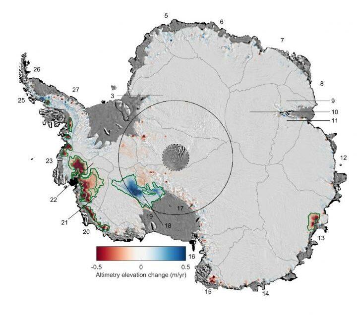 Antartide, ghiaccio vacillante ad ovest