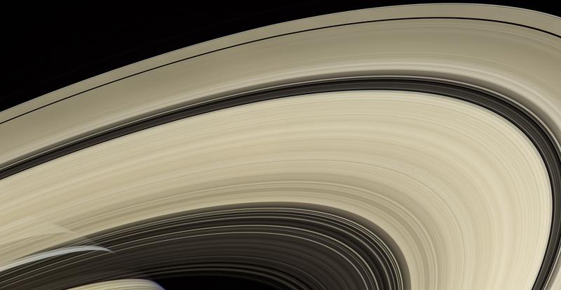 La storia di Saturno è negli anelli