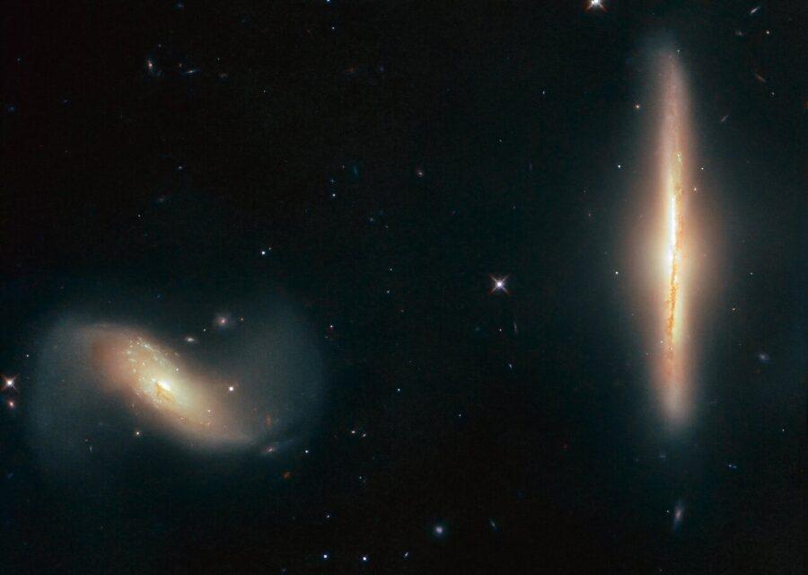 Una coppia di 'ballerine' galattiche per Hubble