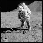 Su Luna e Marte in 4 mosse