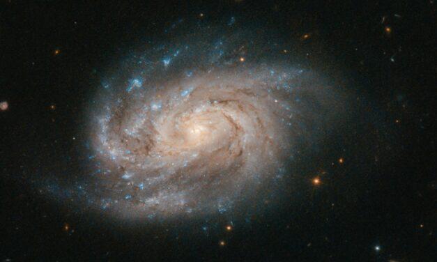 Una spirale luminosa per Hubble