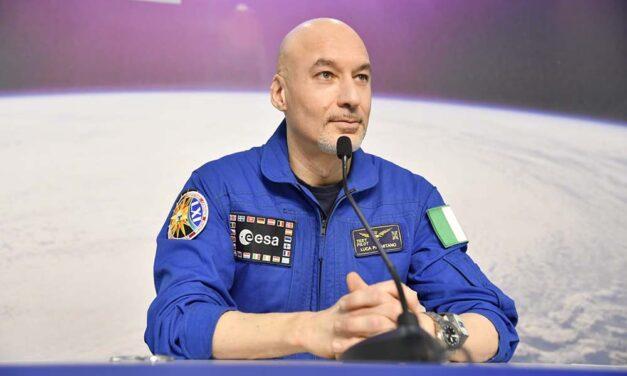 Luca Parmitano, primo collegamento con la stampa italiana