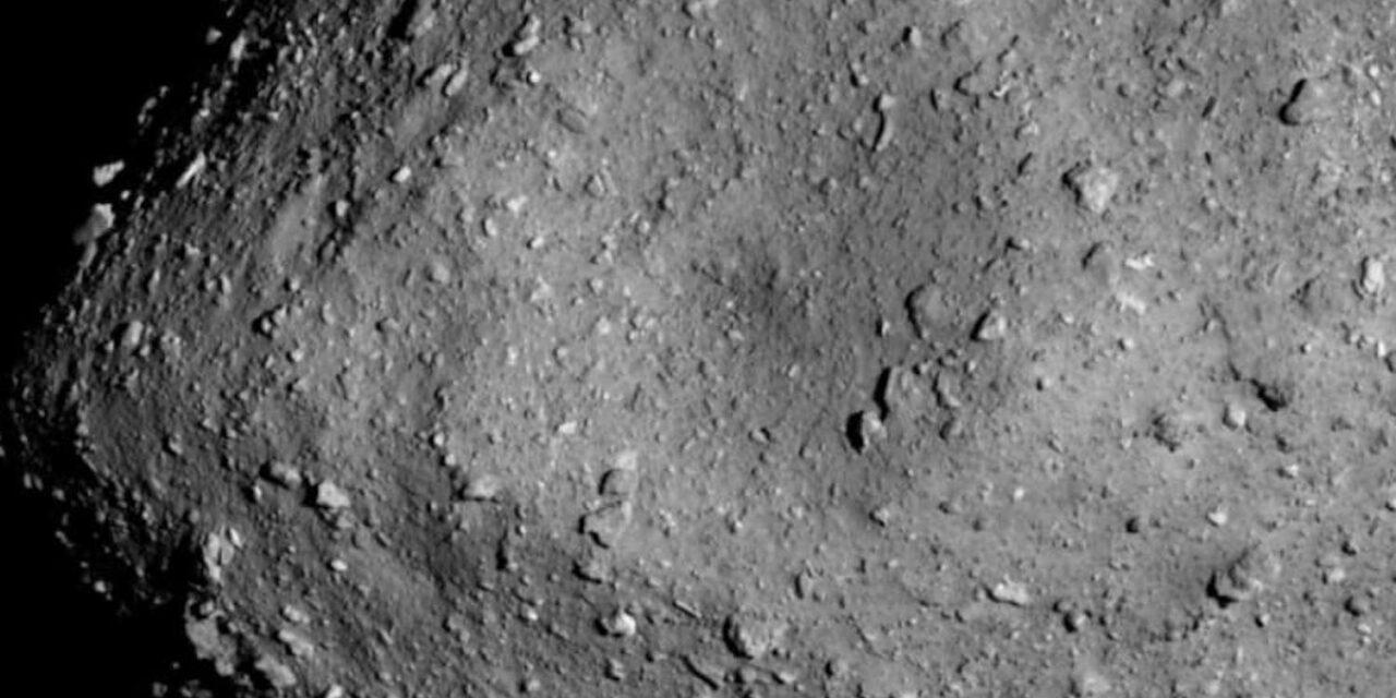 L'età dell'asteroide Ryugu