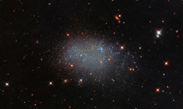 Una galassia di glitter per Hubble