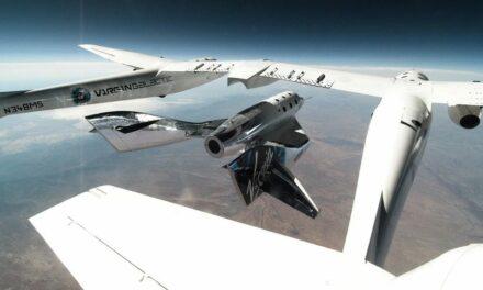 Virgin Galactic: successo per il secondo volo libero
