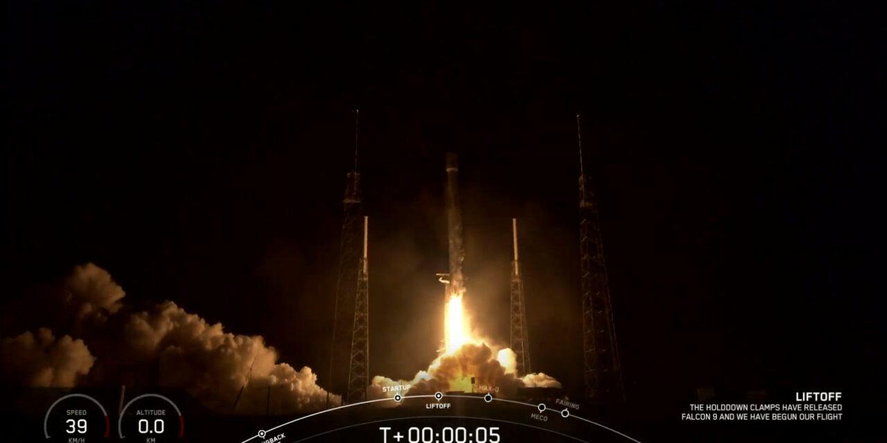 SpaceX, la costellazione Starlink cresce