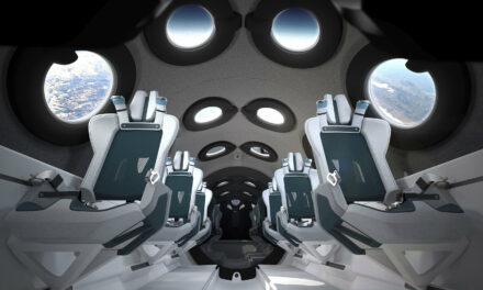 Virgin Galactic svela gli interni della SpaceShipTwo