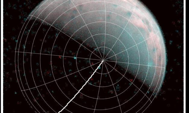 Ganimede, per metà cratere