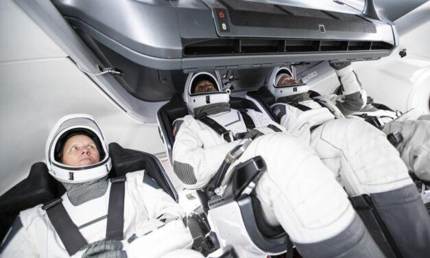 SpaceX verso la prima missione operativa. Boeing resta indietro