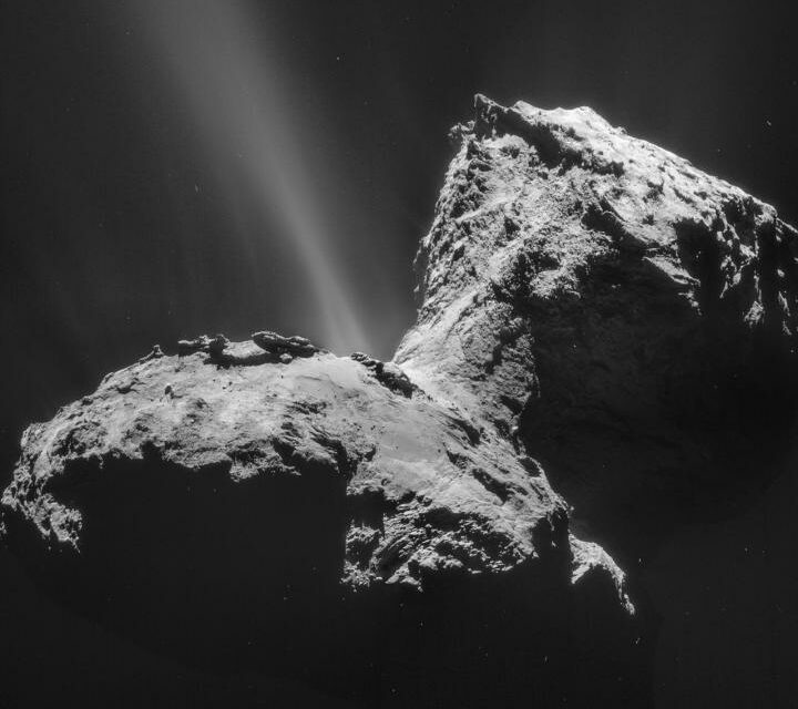 Rosetta e l'aurora ultravioletta sulla cometa 67P