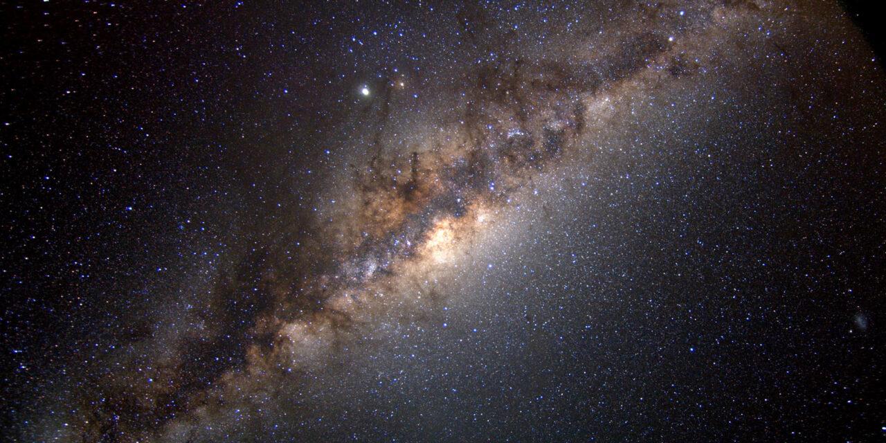 Nuova 'famiglia' stellare nel cuore della Via Lattea