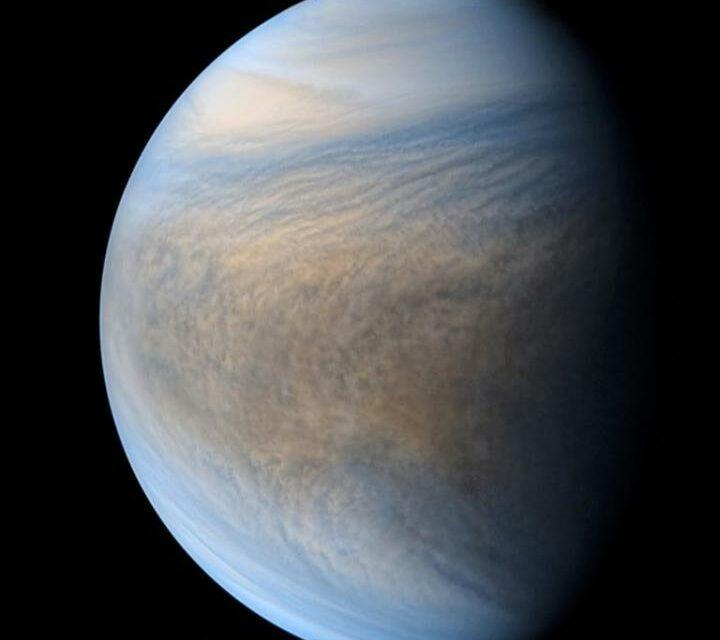 L'abitabilità di Venere compromessa da Giove
