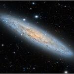 Super brillamento dal cuore della galassia dello Scultore